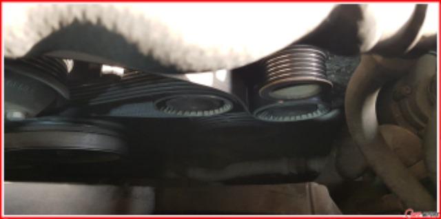 BMW_E60_520i_발전기교환_밸트탈착.jpg