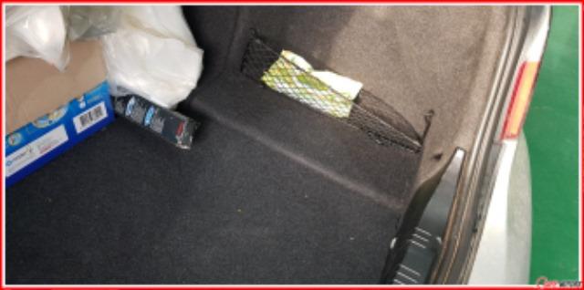 BMW_E60_520i_발전기교환_트렁크원위치.jpg